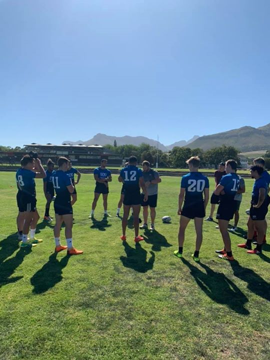 This morning #sasrugbysevens players focused on tackling technique with coach Frankie Horne showing the…